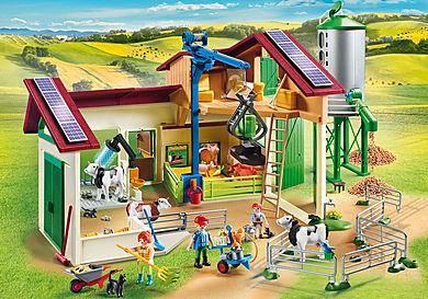 70132 Boerderij met silo en dieren