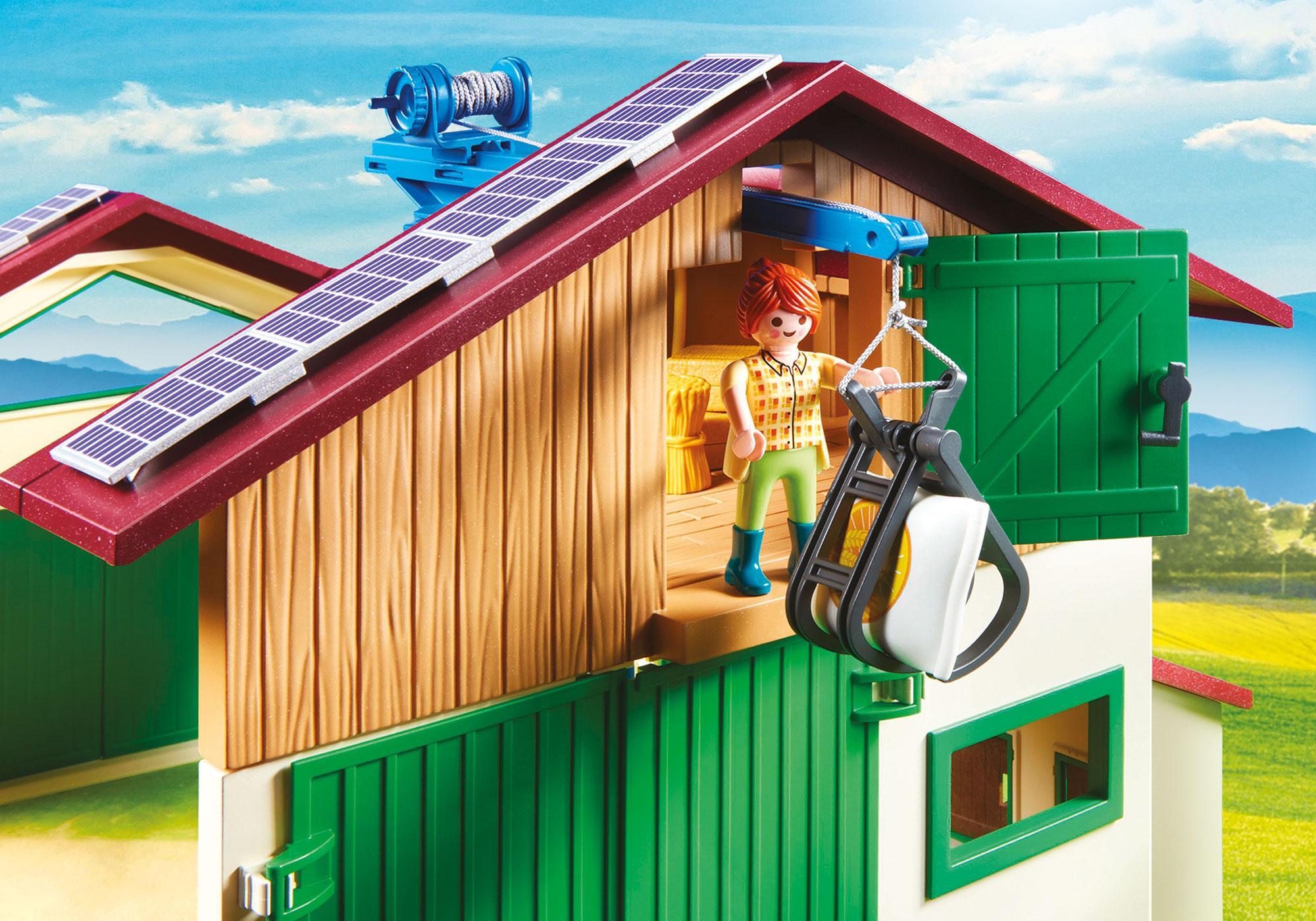 http://media.playmobil.com/i/playmobil/70132_product_extra1/Großer Bauernhof mit Silo