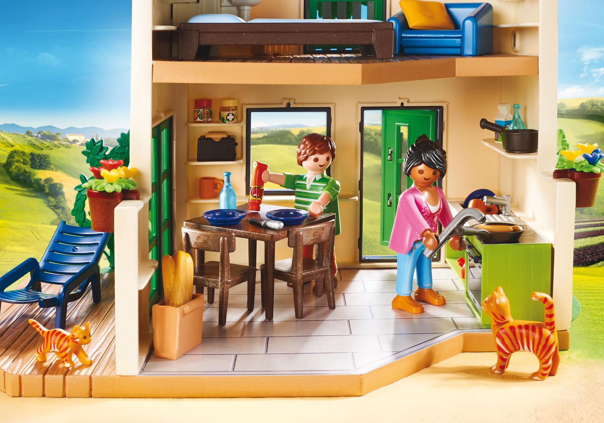 http://media.playmobil.com/i/playmobil/70133_product_extra1/Modern bondgård
