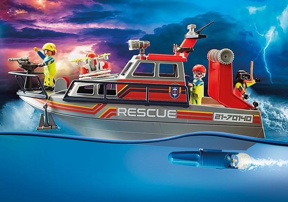 70140 Redding op zee: brandbestrijdingsmissie met reddingscruiser detail image 4