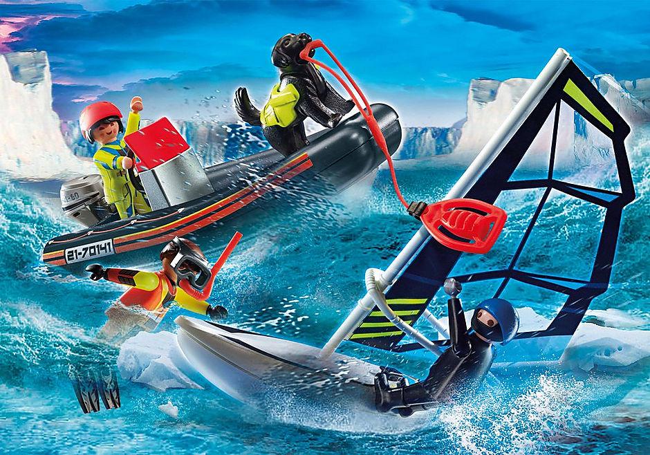 70141 Redding op zee: redding met poolzeiler met rubberen sleepboot detail image 1