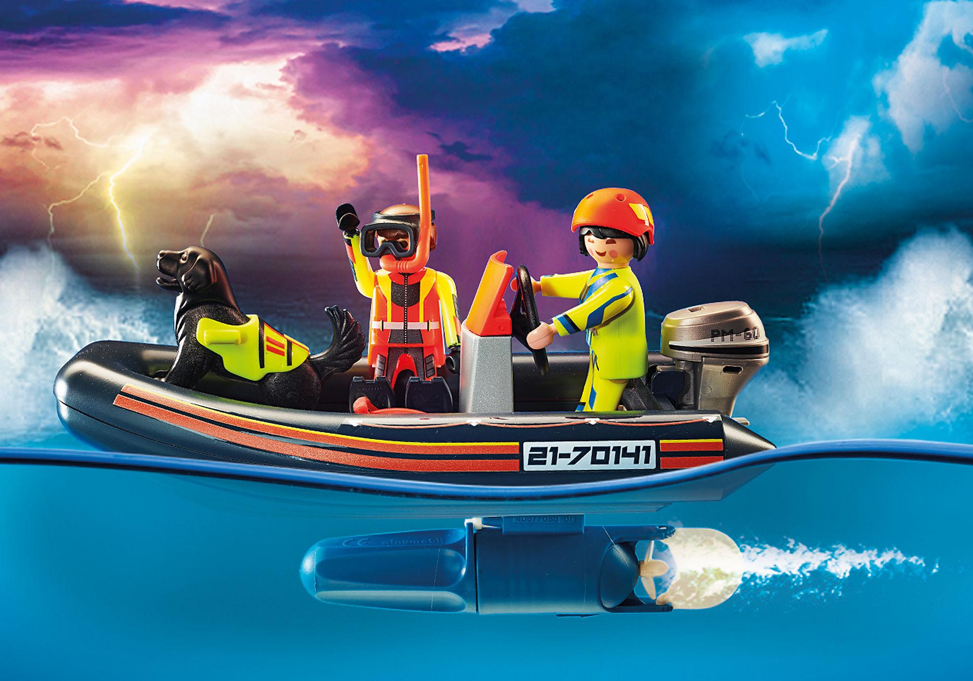 70141 Skibsredning: Polarsejler-redning med gummibåd zoom image4
