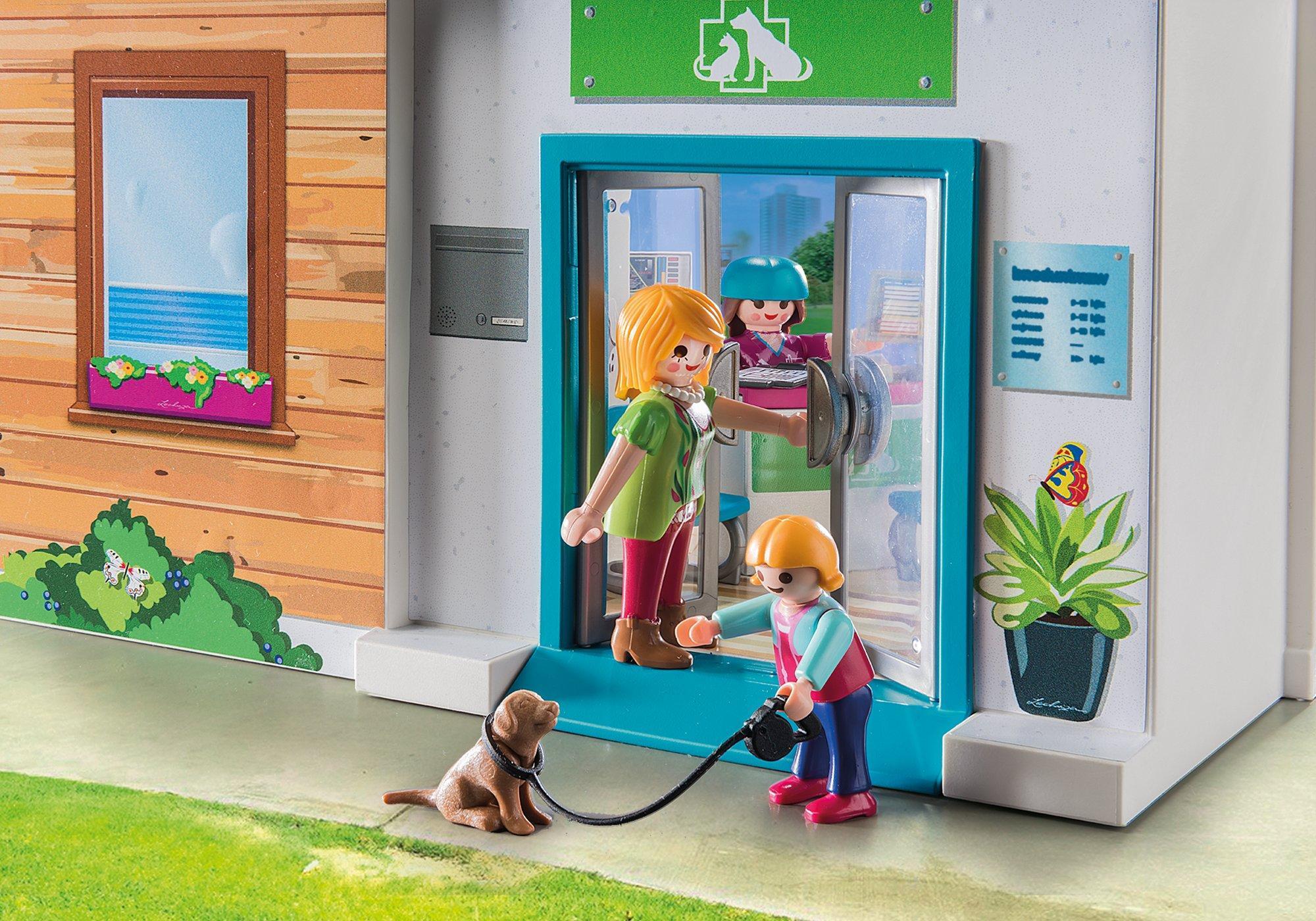 http://media.playmobil.com/i/playmobil/70146_product_extra1/Clinique vétérinaire transportable