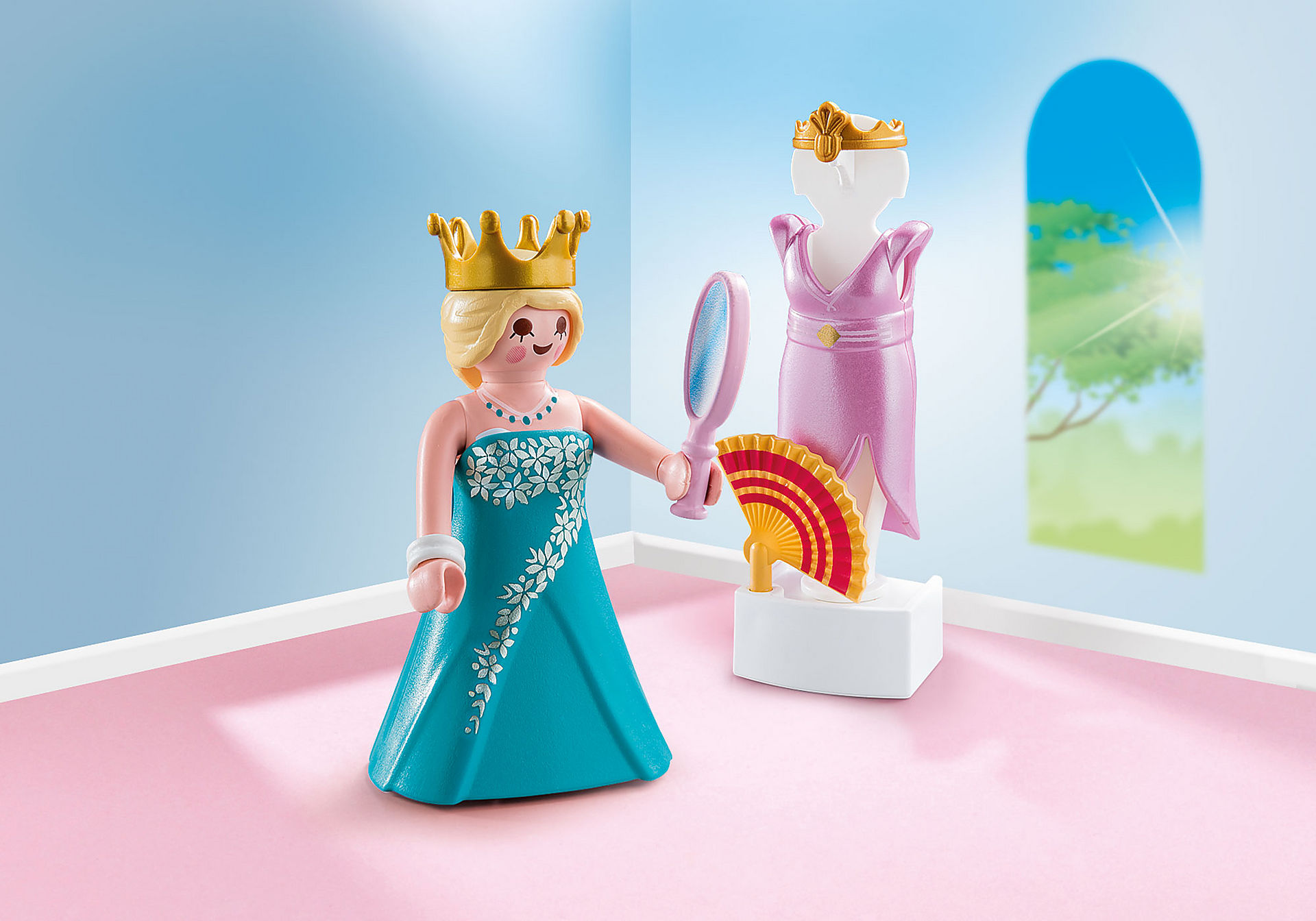 http://media.playmobil.com/i/playmobil/70153_product_detail/Prinses met paspop