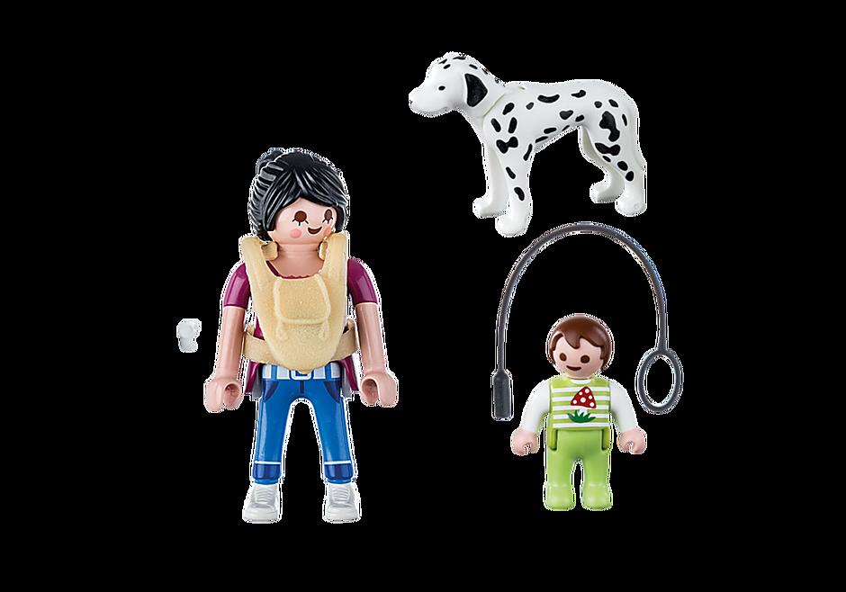 70154 Mãe com bebé e cão detail image 3