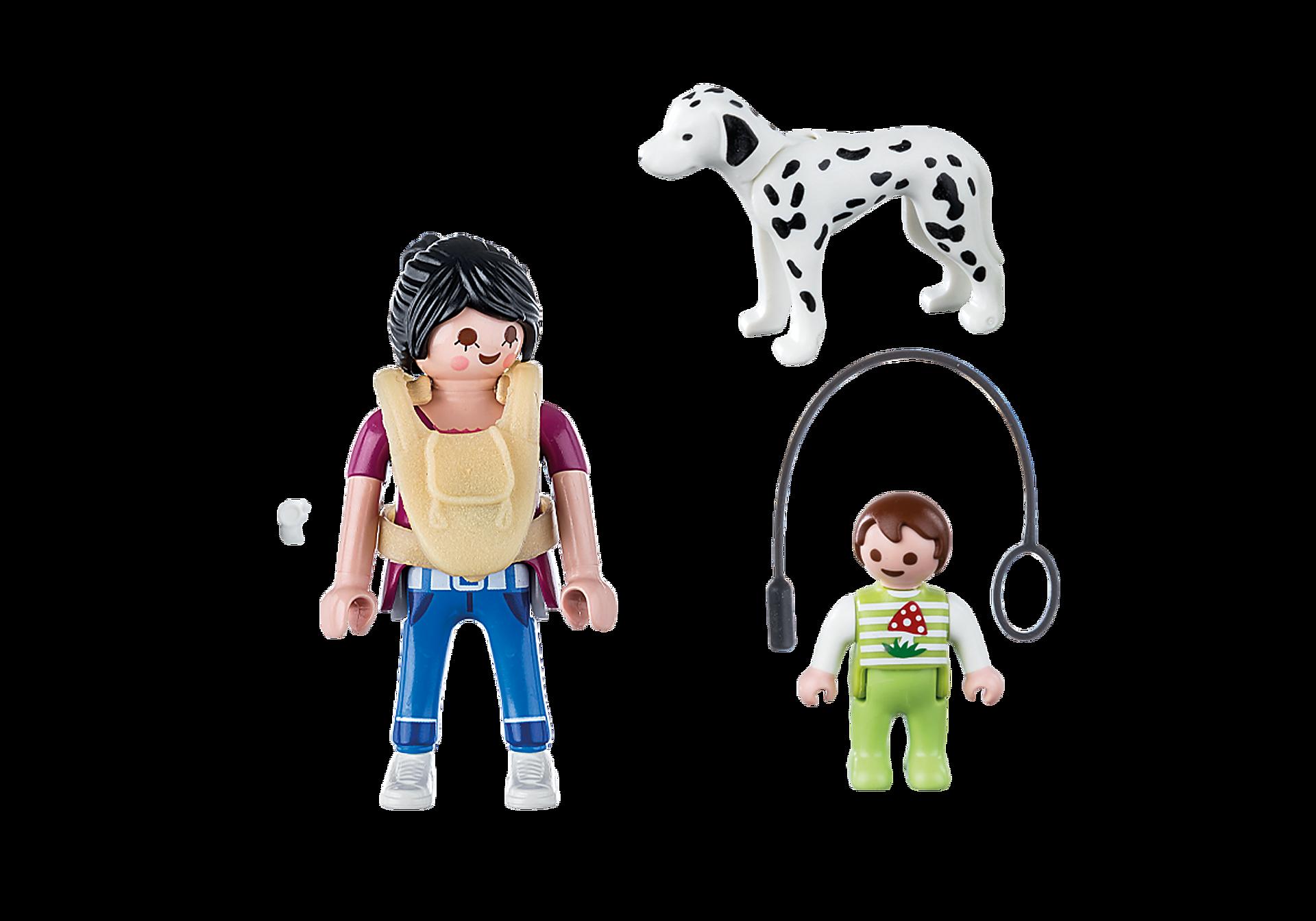 70154 Maman avec bébé et chien zoom image3