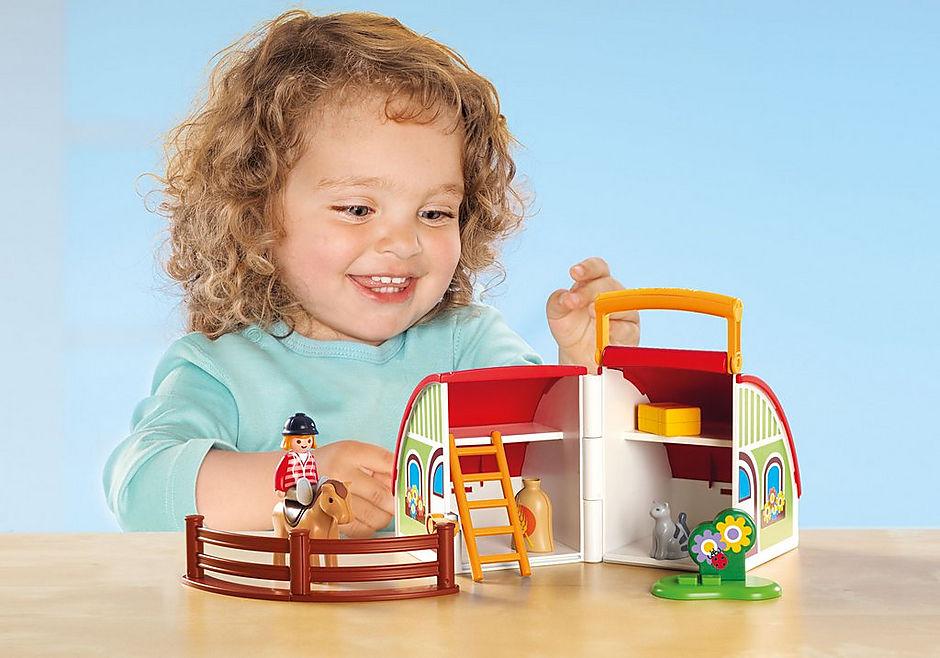 http://media.playmobil.com/i/playmobil/70180_product_extra1/Maneggio Portatile 1.2.3