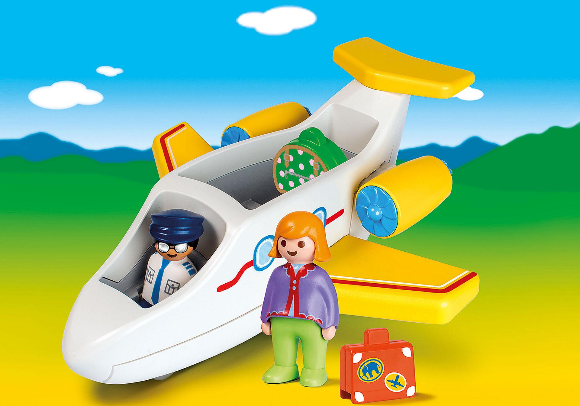 70185 Avion avec pilote et vacancière zoom image1