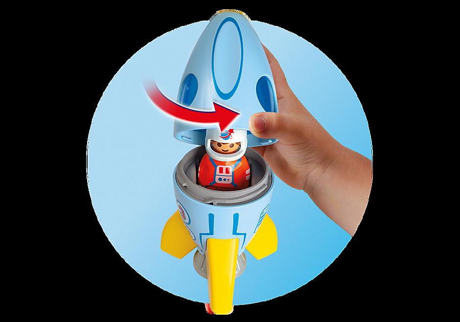70186 Astronaut met raket detail image 4