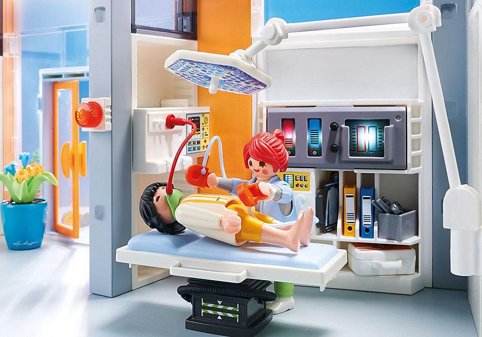 70190 Groot ziekenhuis met inrichting detail image 4