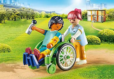 70193_product_detail/Patient en fauteuil roulant