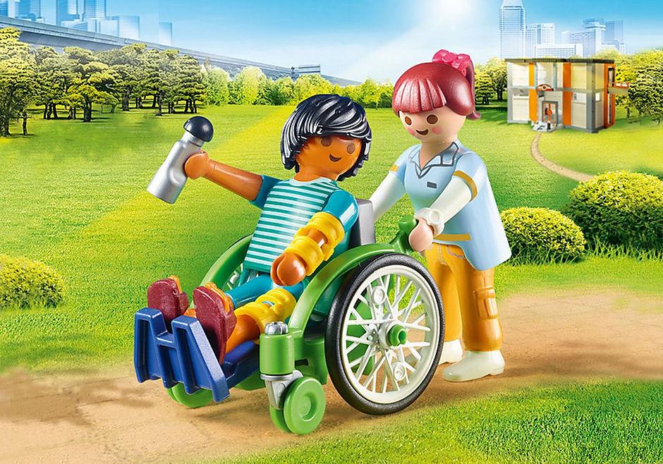 70193 Patient en fauteuil roulant  detail image 1