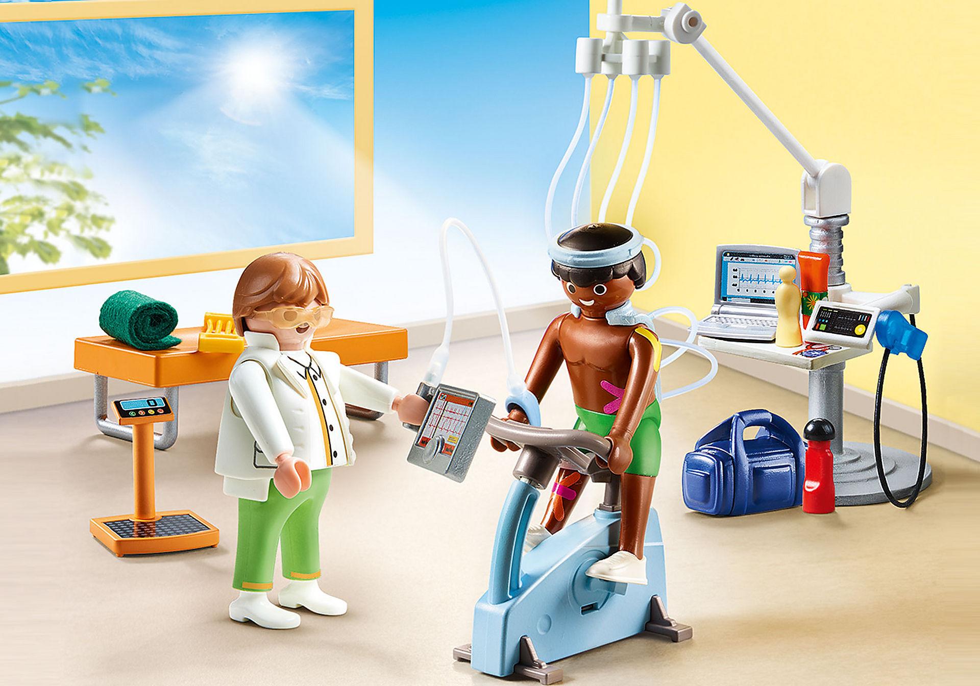 http://media.playmobil.com/i/playmobil/70195_product_detail/Beim Facharzt: Physiotherapeut
