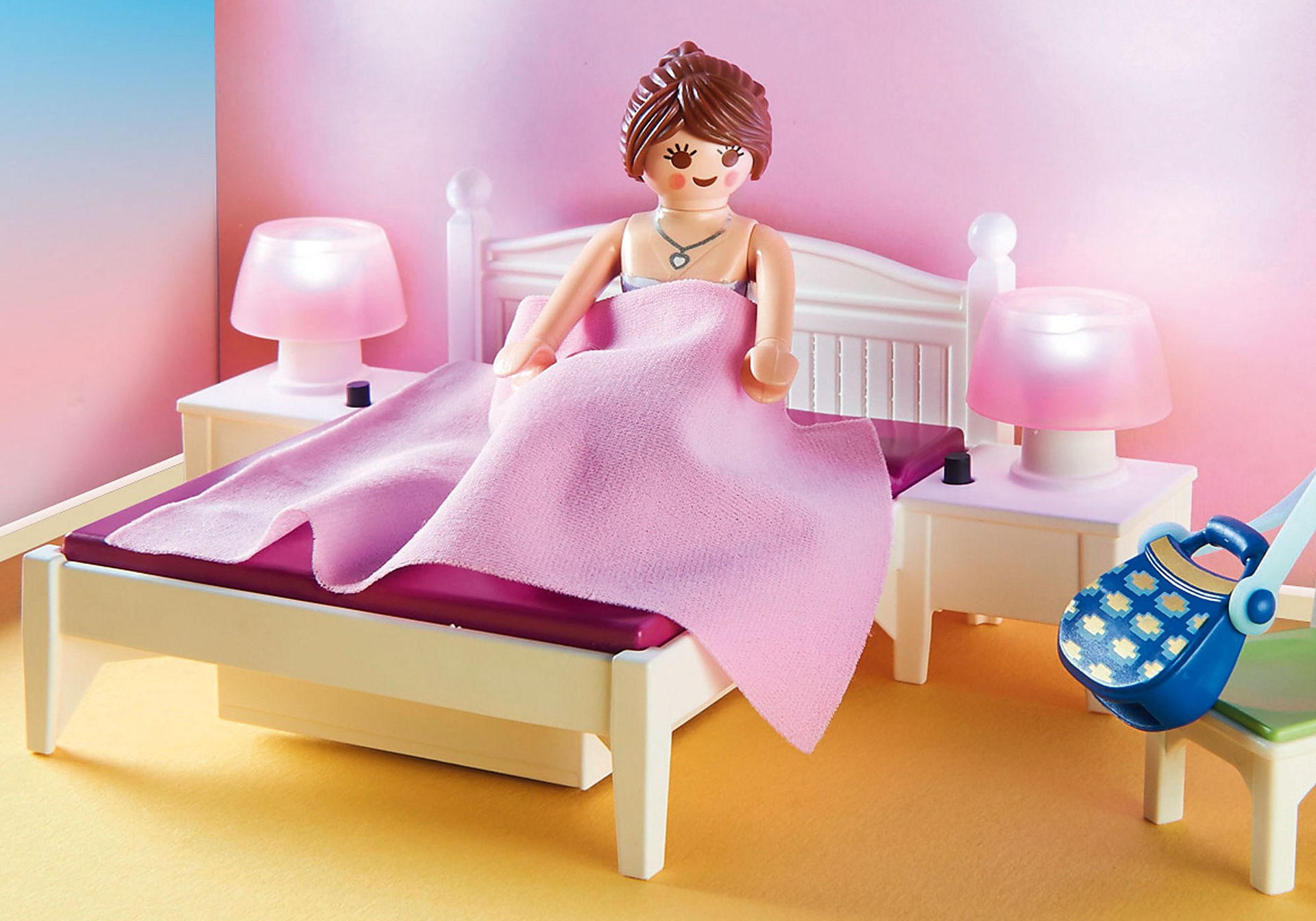 70208 Bedroom with Sewing Corner zoom image4