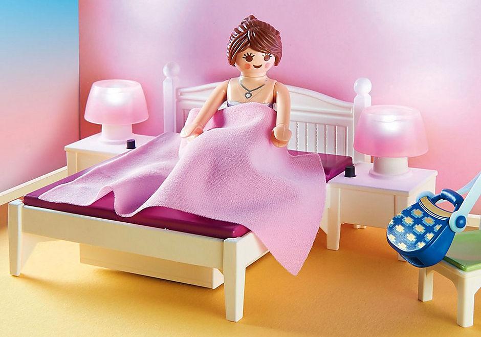 http://media.playmobil.com/i/playmobil/70208_product_extra1/Schlafzimmer mit Nähecke