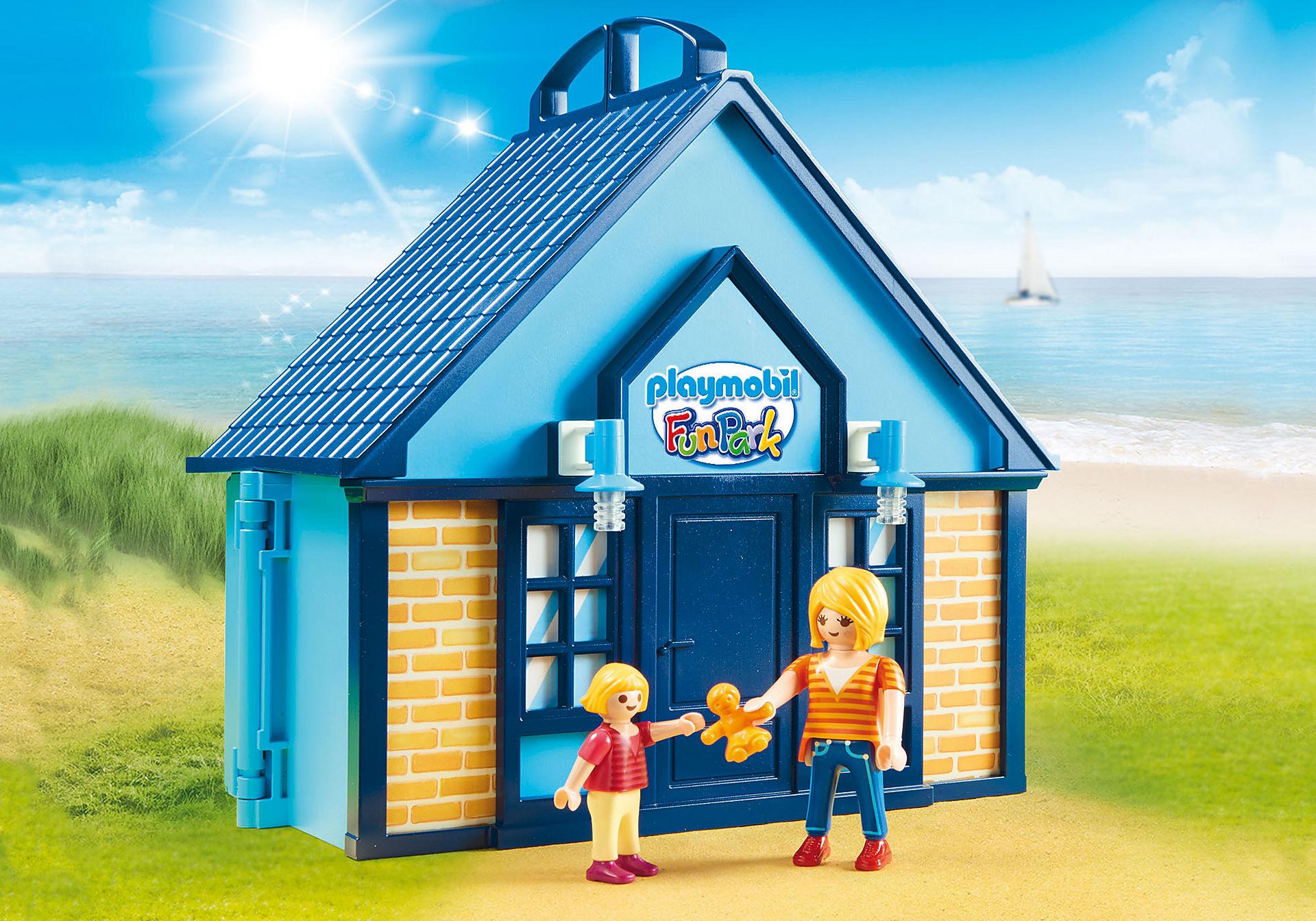 http://media.playmobil.com/i/playmobil/70219_product_extra1/PLAYMOBIL - Funpark Casa de Vacaciones Maletín