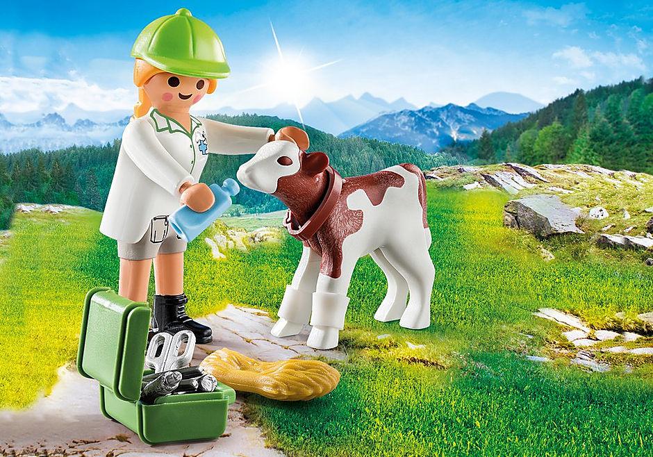 70252 Vétérinaire et veau detail image 1