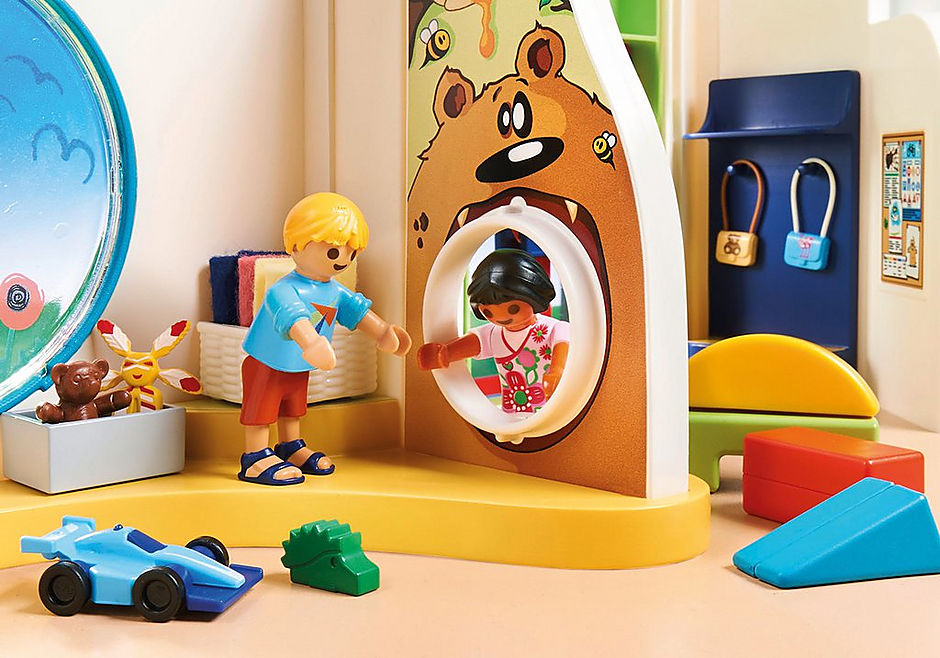 70280 Rainbow Daycare detail image 5