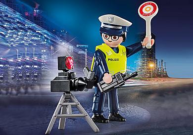 70304 Politieman met flitcontrole