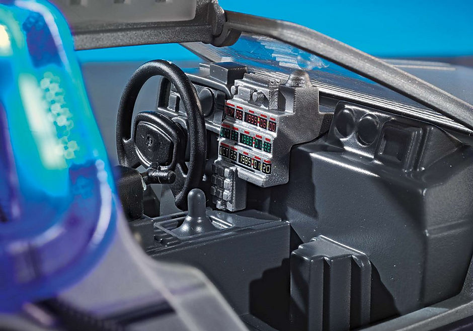 70317 Back to the Future DeLorean detail image 6