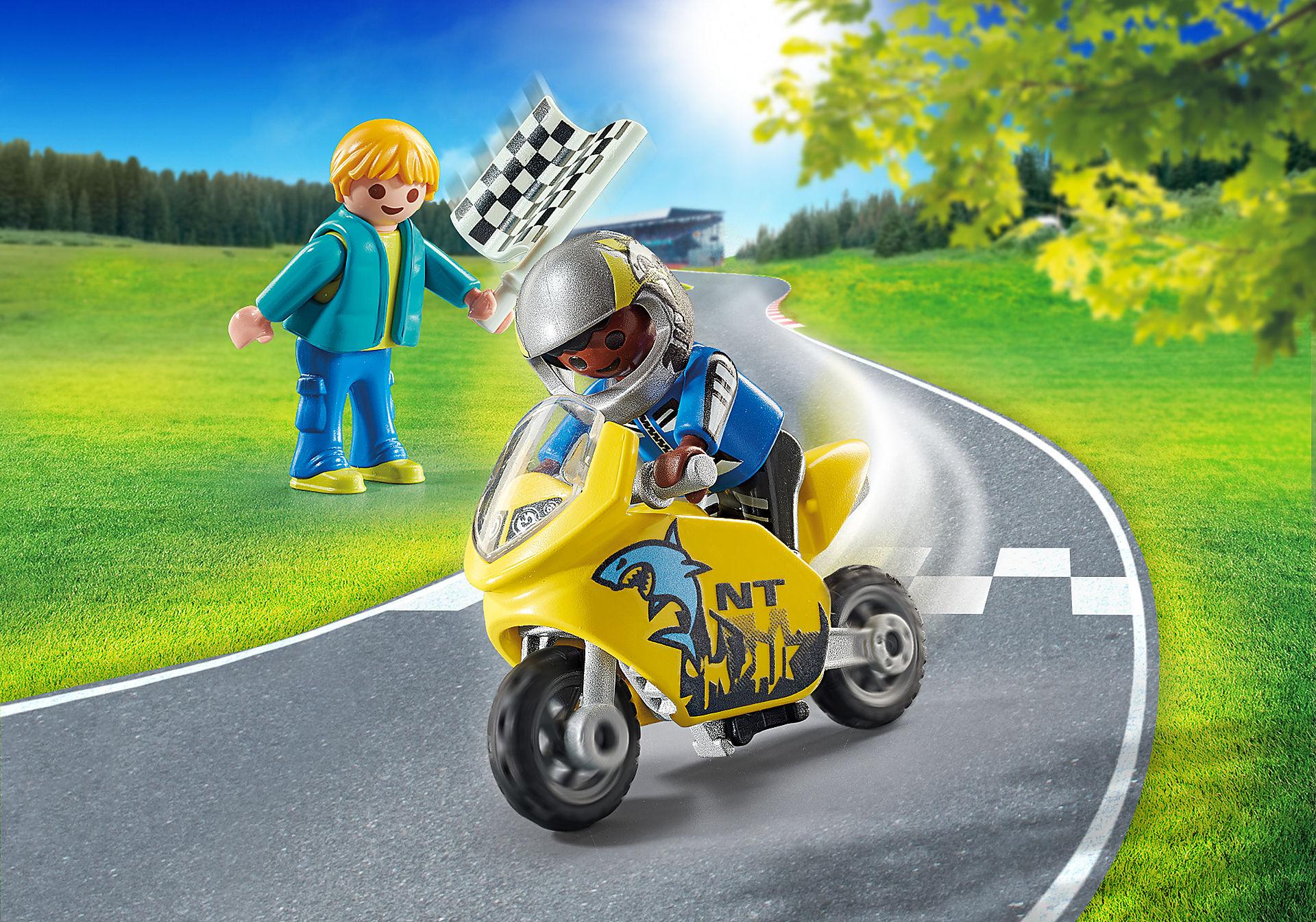 70380 Pojkar med racercykel zoom image1
