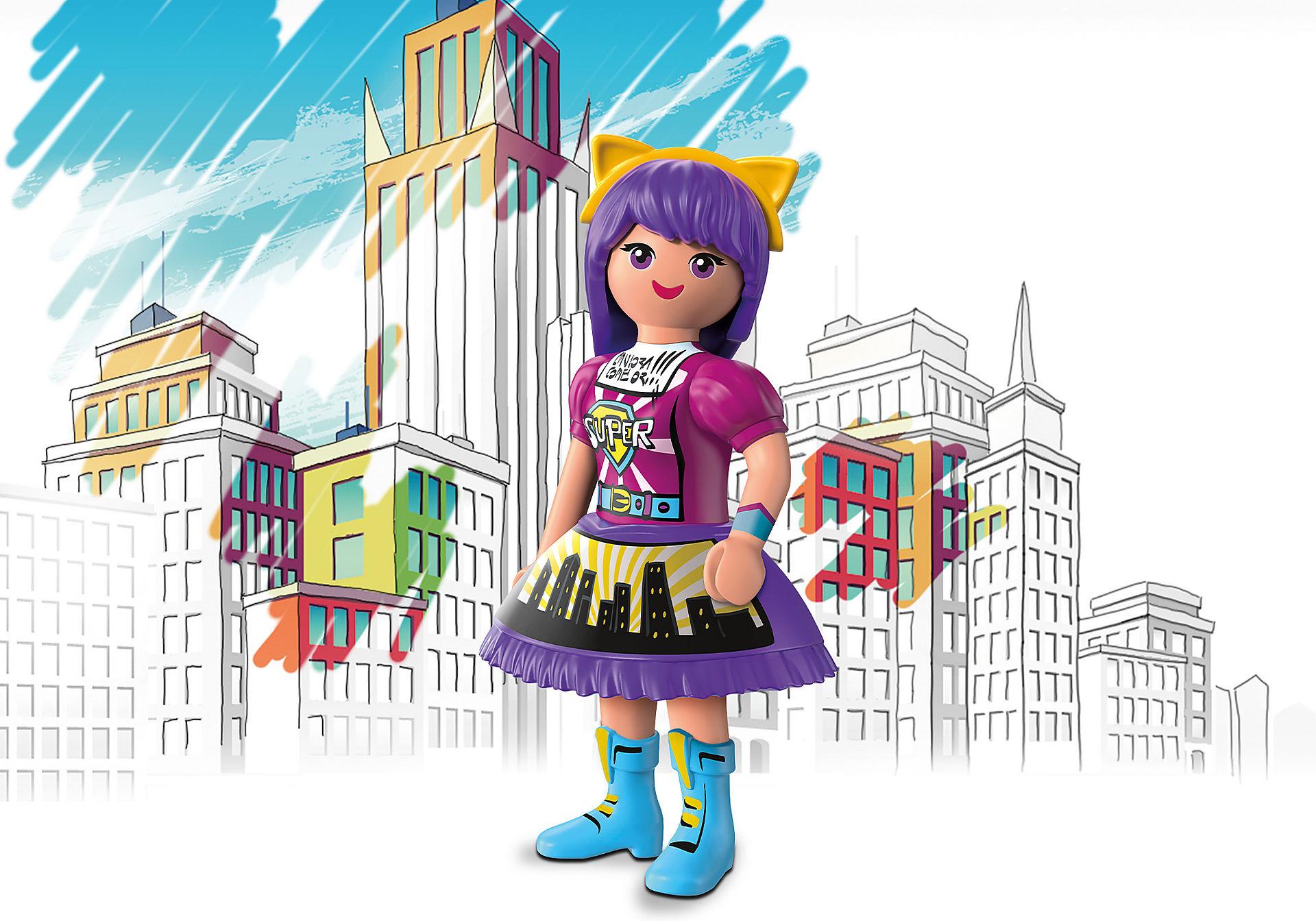 70473 Viona - Comic World zoom image1