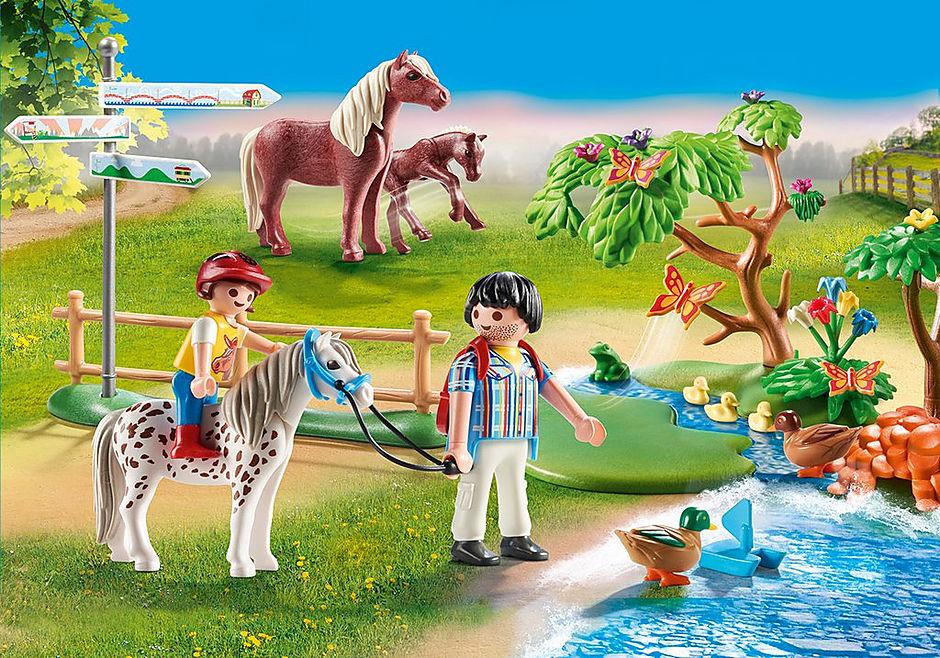70512 Randonneurs et animaux detail image 1