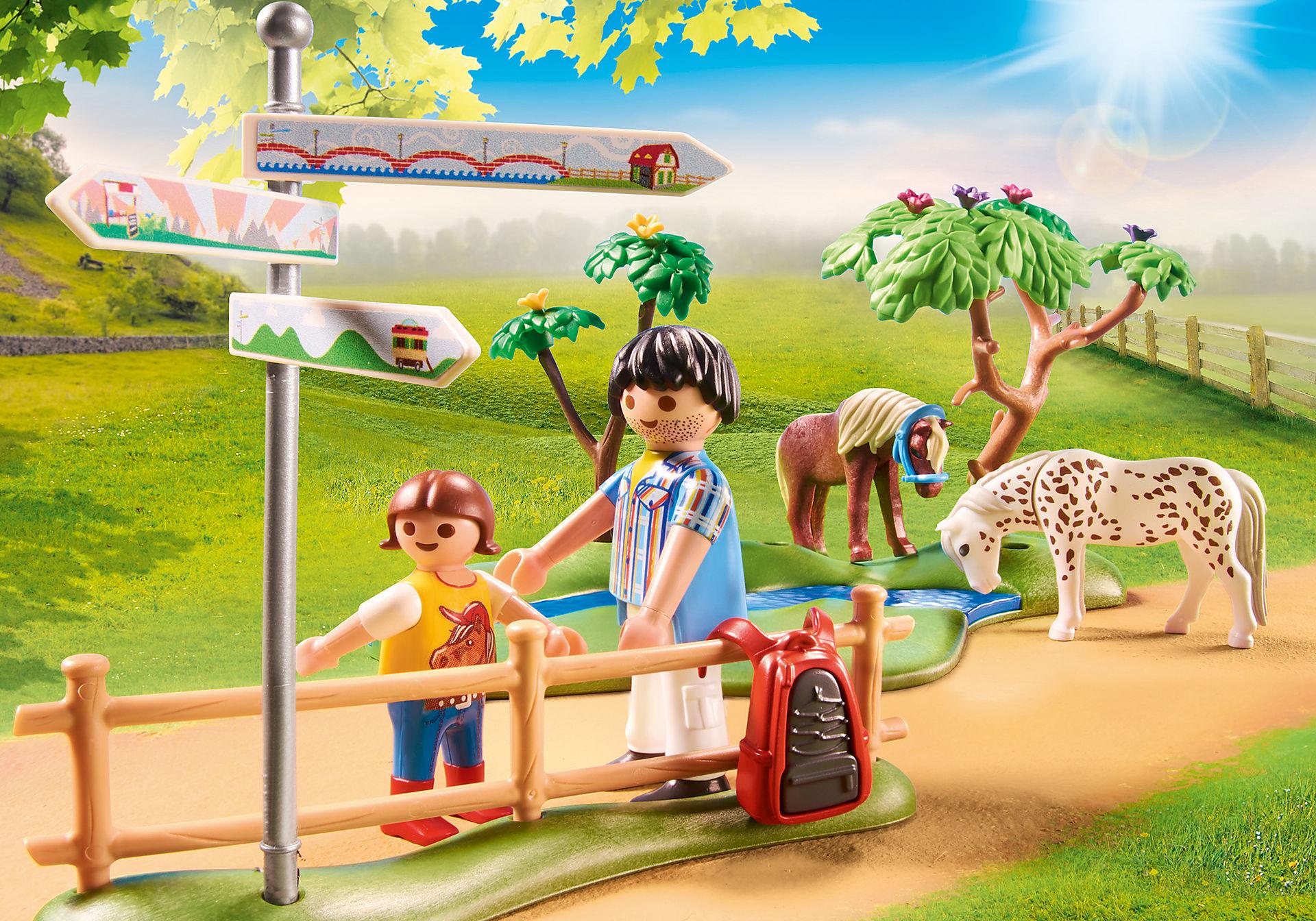 70512 Randonneurs et animaux zoom image5