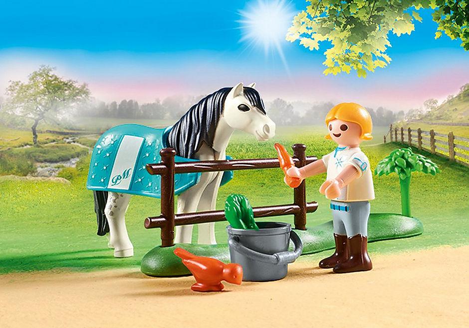 70522 Cavalière avec poney gris detail image 4