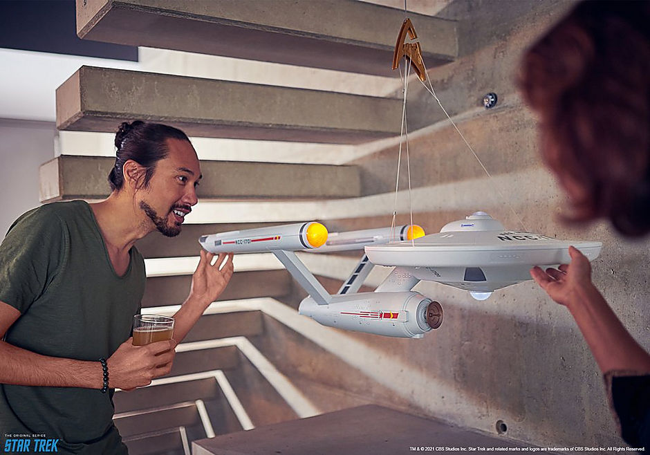 70548 Star Trek - U.S.S. Enterprise NCC-1701 detail image 11
