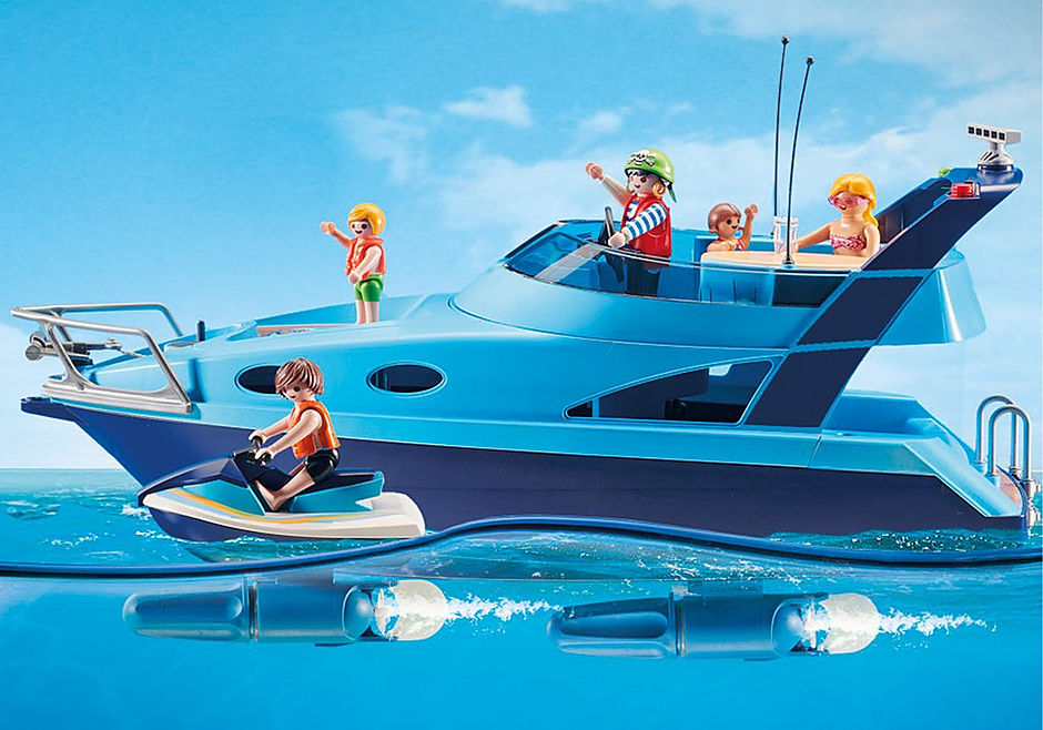 70630 PLAYMOBIL-FunPark Yacht mit Jet Ski detail image 3