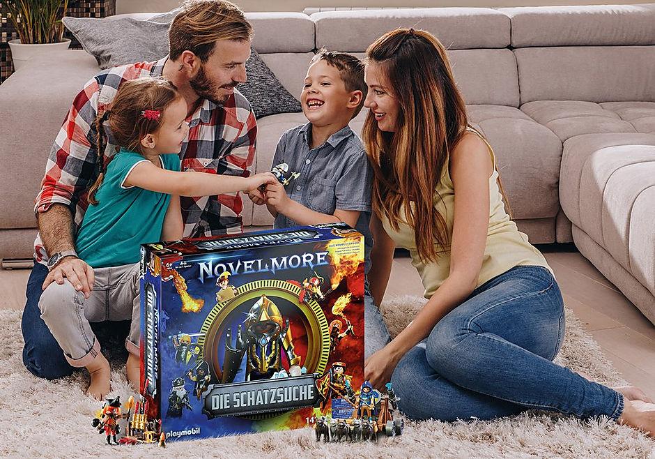 70736 PLAYMOBIL®Box: NOVELMORE Die Schatzsuche Das Familienevent detail image 4