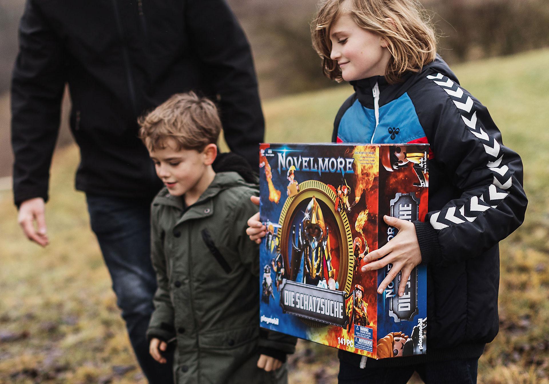 70736 PLAYMOBIL®Box: NOVELMORE Die Schatzsuche Das Familienevent zoom image9