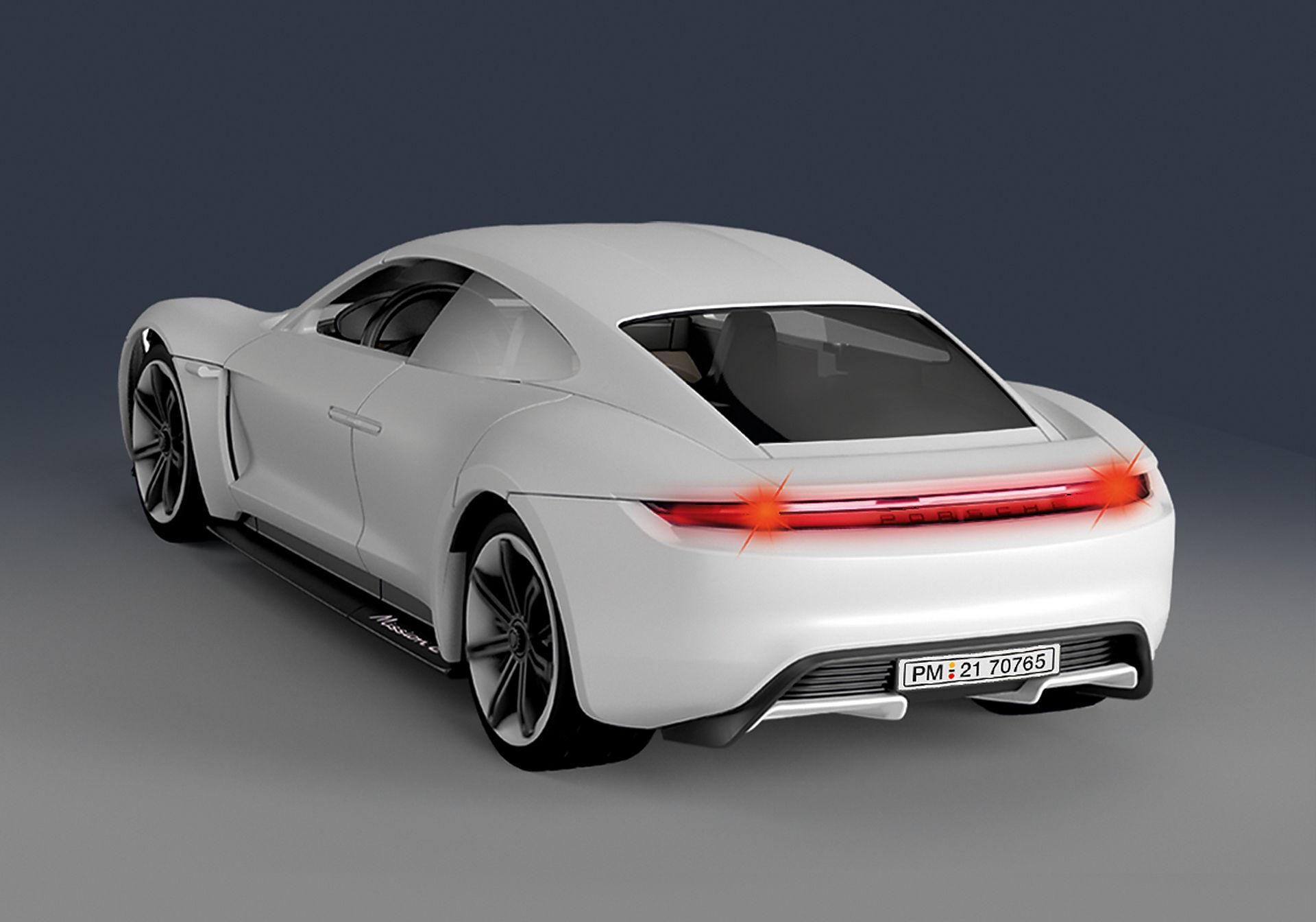70765 Porsche Mission E zoom image5