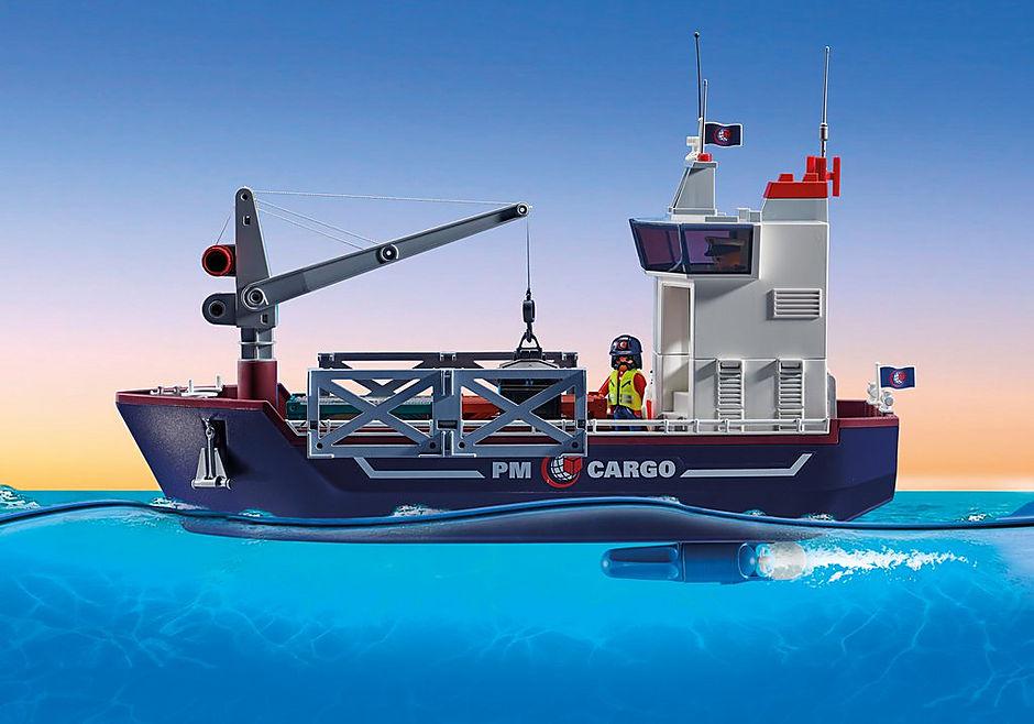 70769 Duży kontenerowiec z łodzią służb celnych detail image 4