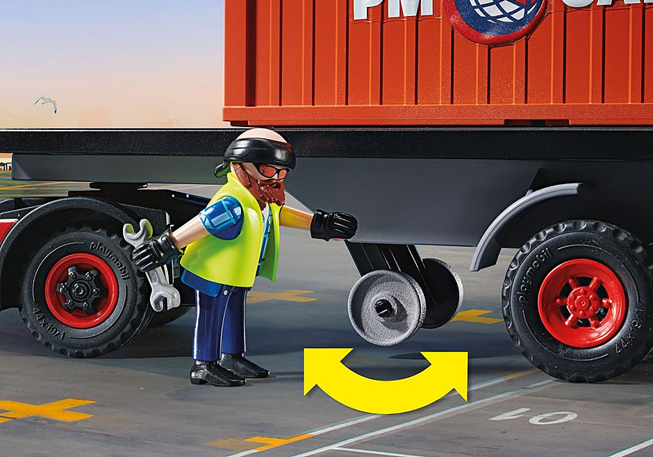 70771 Truck with Cargo Container detail image 5