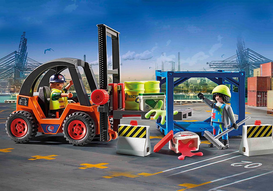 70772 Forklift with Freight detail image 1