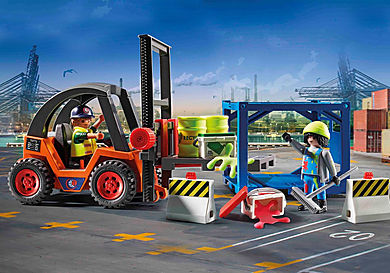 70772 Forklift with Freight