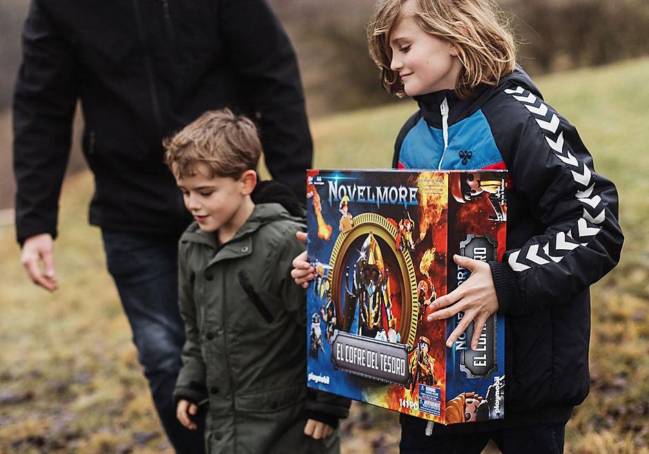 70845 PLAYMOBIL®Box: El Cofre del tesoro de NOVELMORE El evento familiar detail image 8