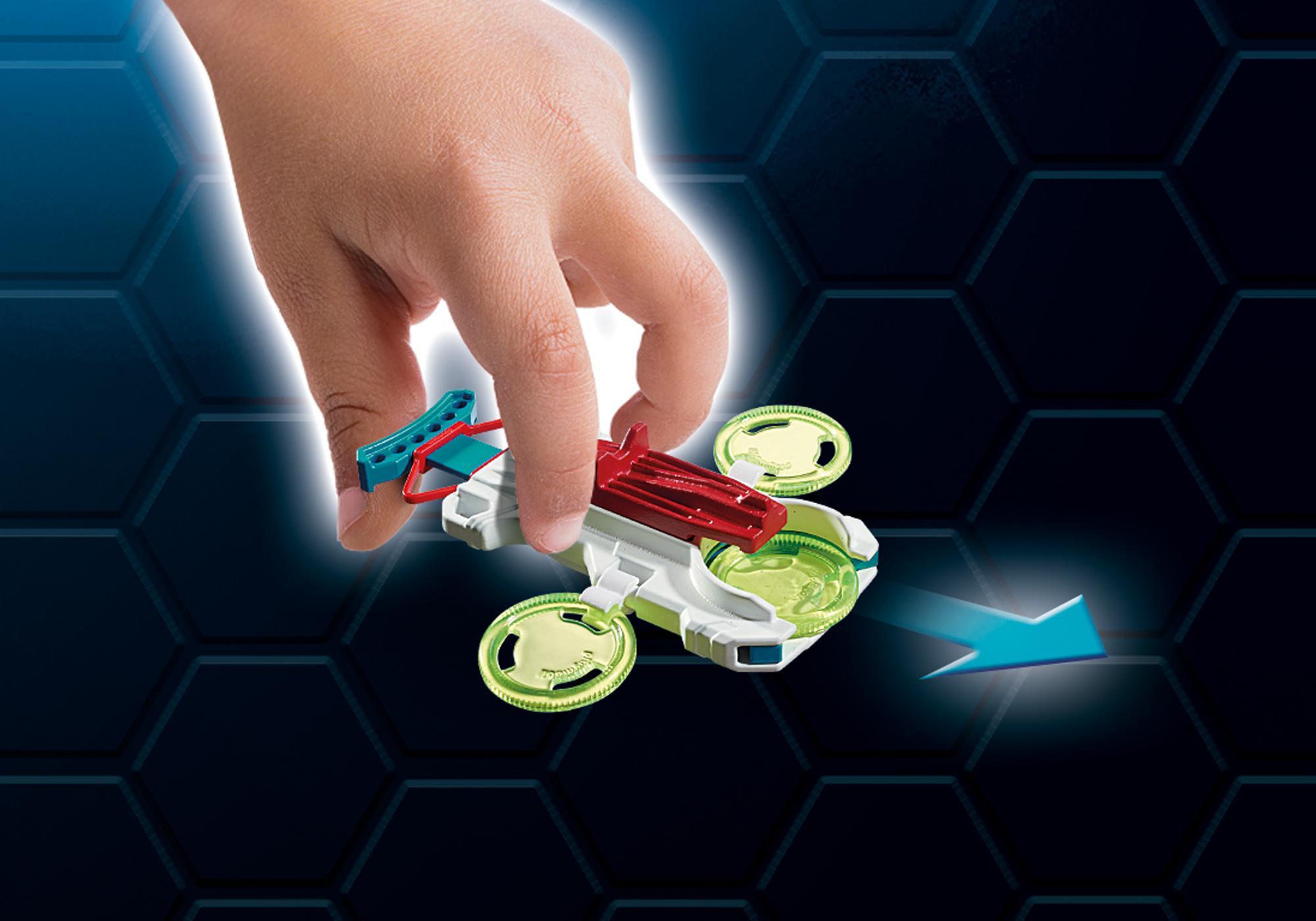 http://media.playmobil.com/i/playmobil/9002_product_extra3/FulguriX mit Agent Gene