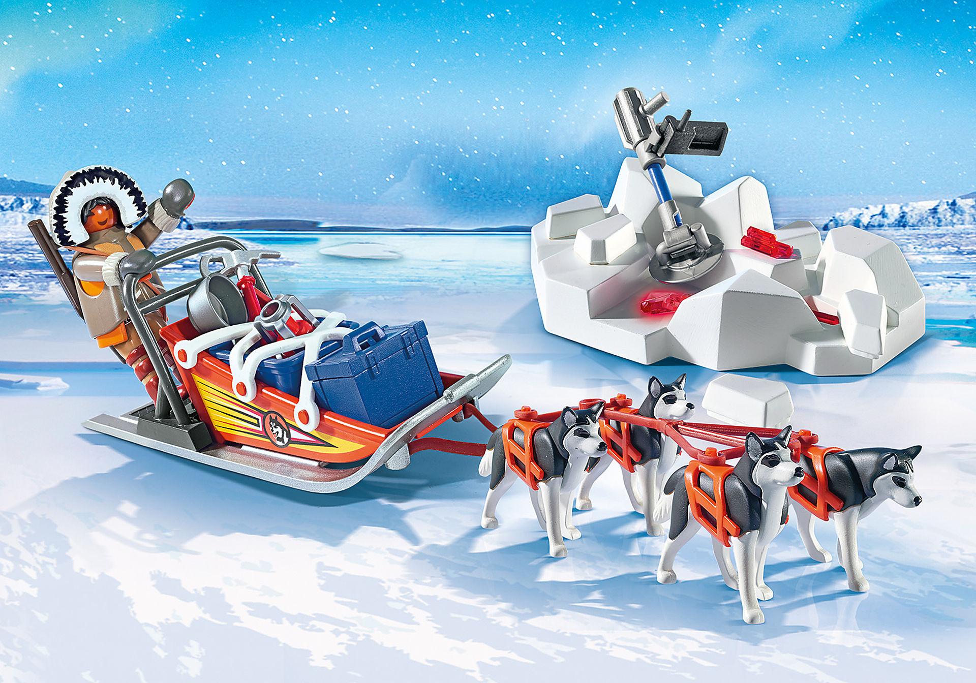 http://media.playmobil.com/i/playmobil/9057_product_detail/Slit-ITta con Husky
