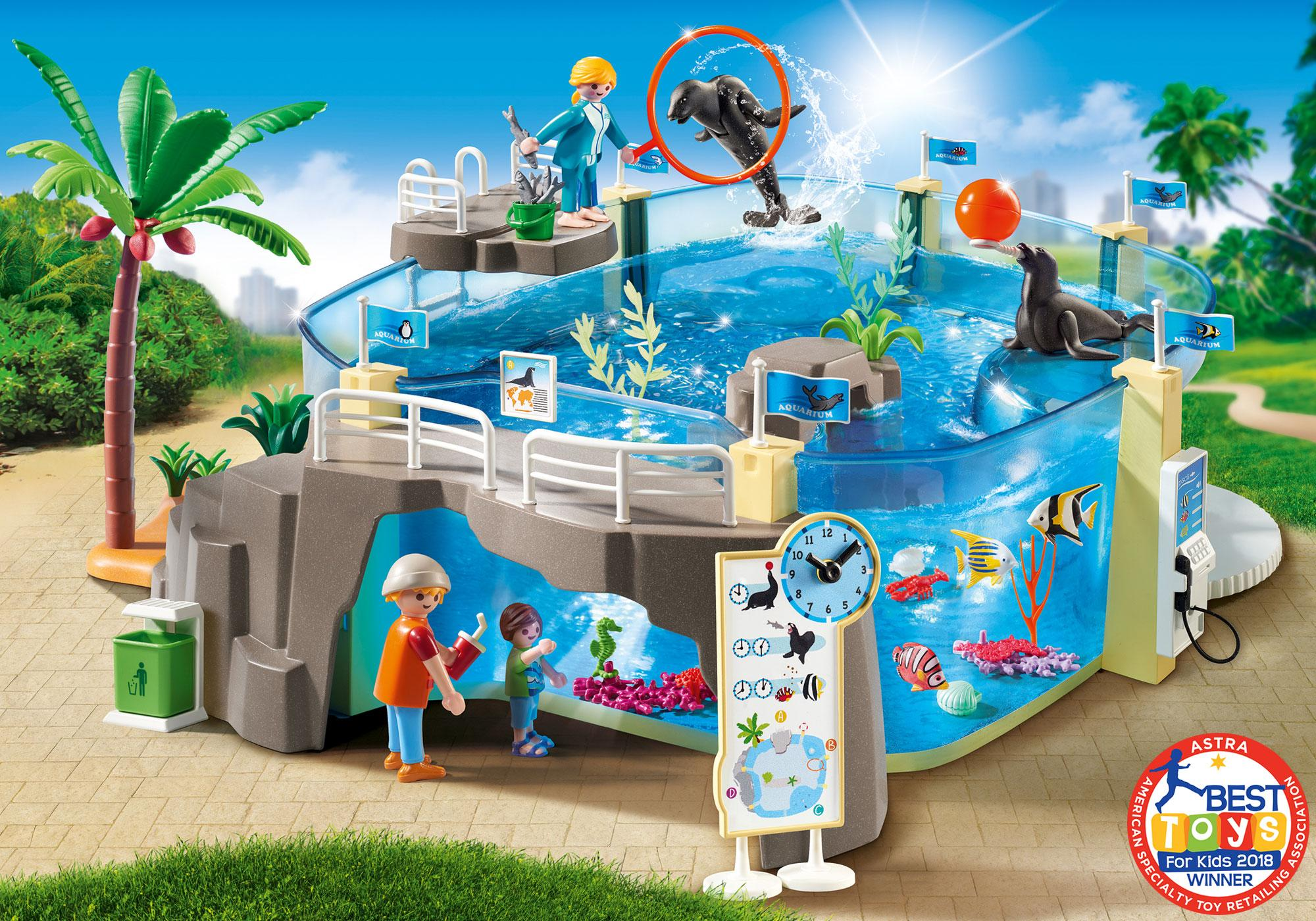 PLAYMOBIL® Aquarium Building Set: Visitor terrace, deep sea cave, panoramic windows and an adventure dome invite you to observe the sea lions and the underwater world. The aquarium can be filled with water