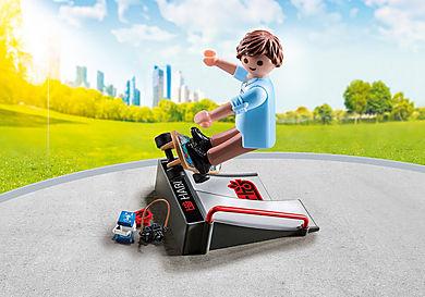9094 Skateur avec rampe