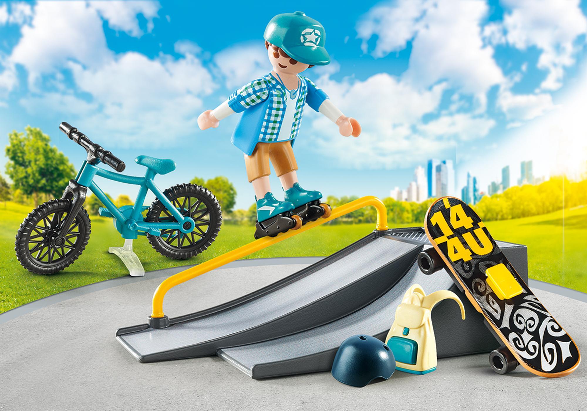 http://media.playmobil.com/i/playmobil/9107_product_detail/Maletín Deportes Extremos