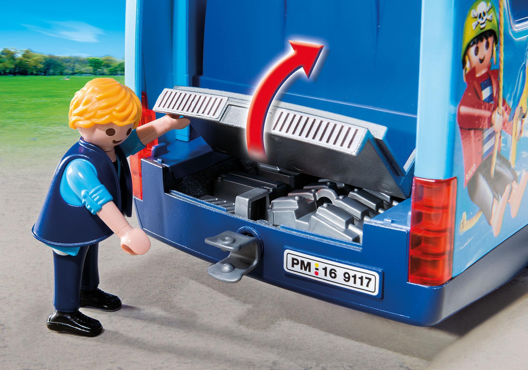 http://media.playmobil.com/i/playmobil/9117_product_extra4/Schulbus Fun Park