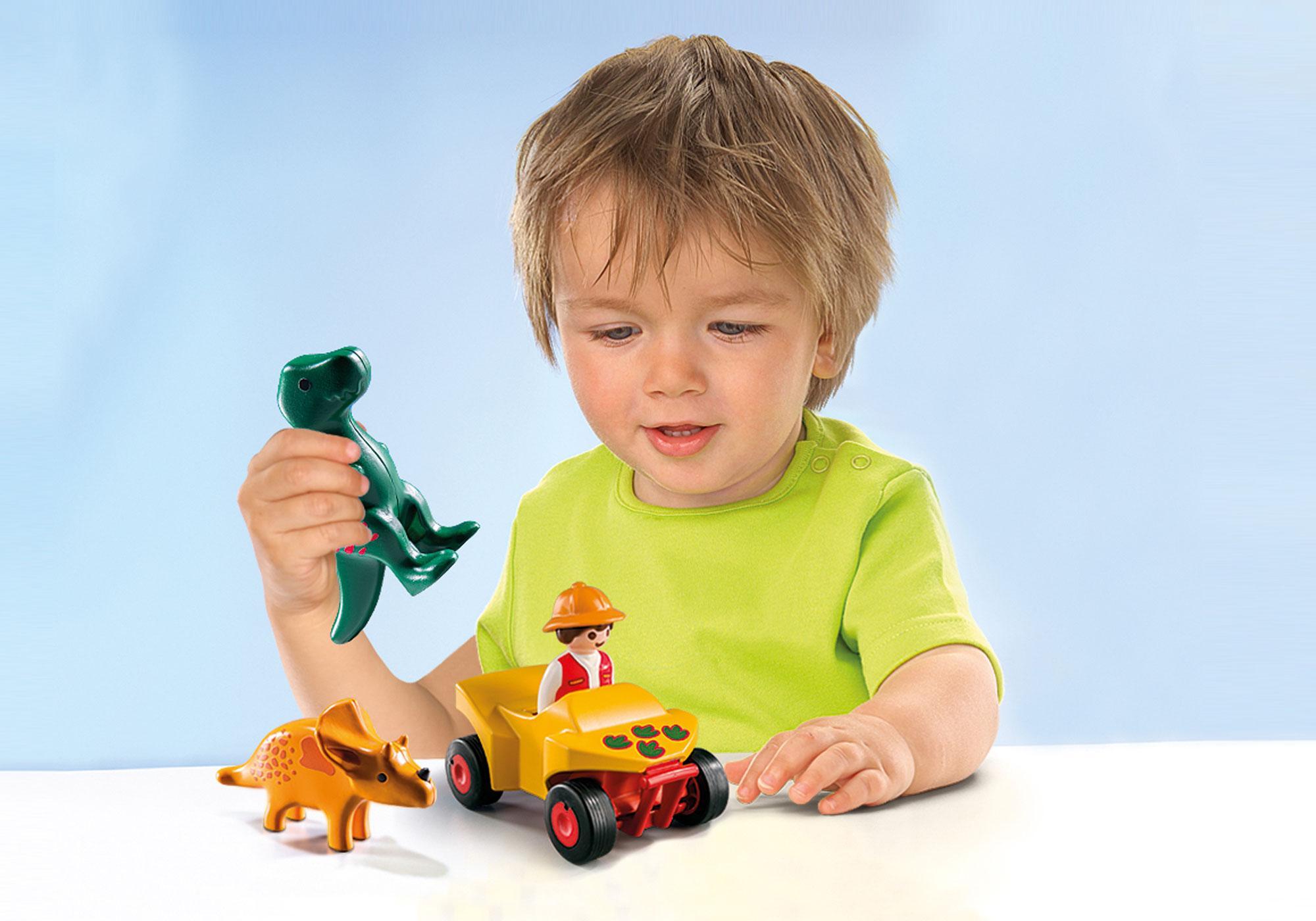 http://media.playmobil.com/i/playmobil/9120_product_extra1/1.2.3 Quad com 2 Dinossauros