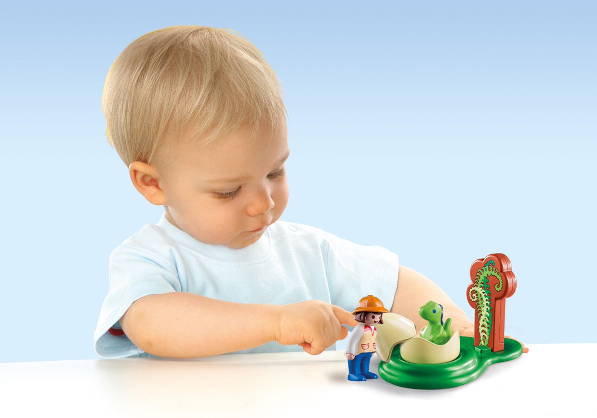 http://media.playmobil.com/i/playmobil/9121_product_extra1