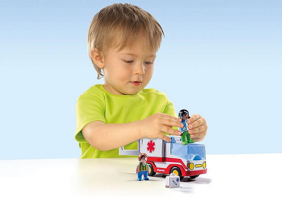 9122 1.2.3 Ziekenwagen detail image 5