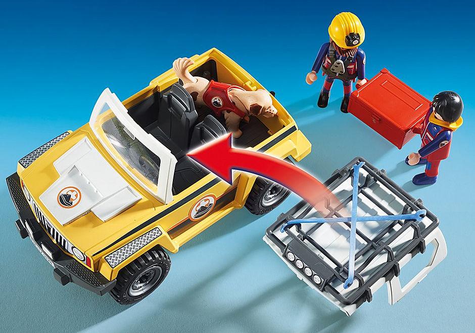 9128 Reddingswerkers met terreinwagen detail image 7