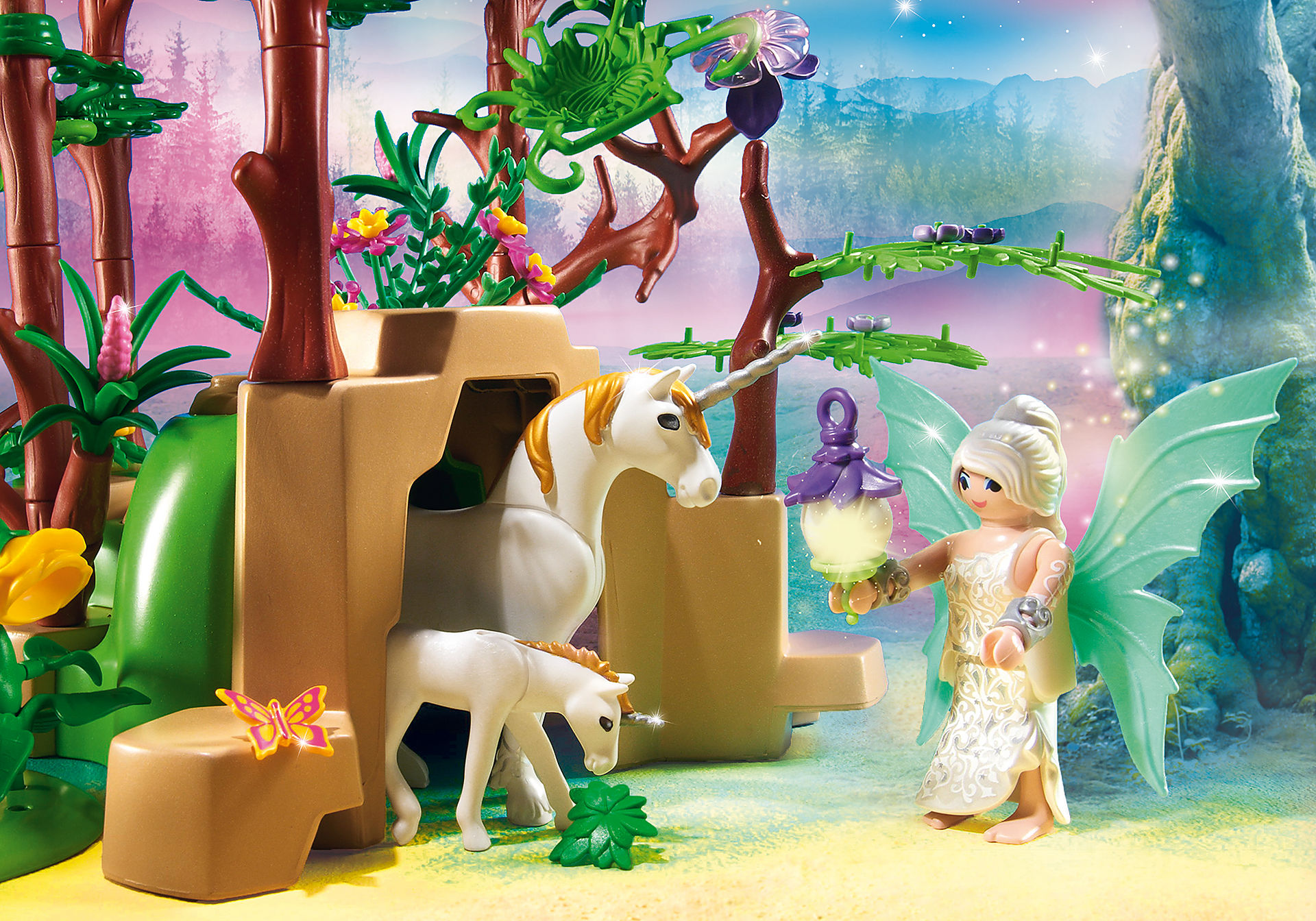 http://media.playmobil.com/i/playmobil/9132_product_extra3/Magical Fairy Forest